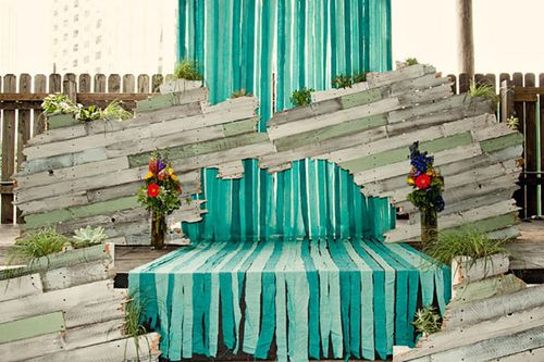 Green-eco-stage-diy-wedding-ceremony02